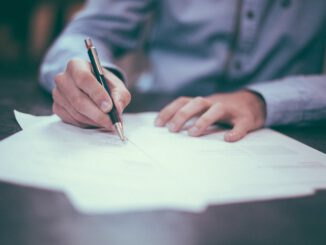 podpisywanie papierów